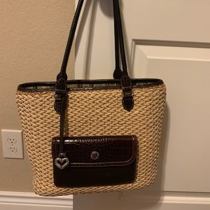 Brighter straw purse